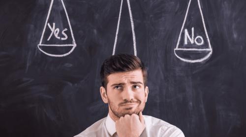 Аутсорсинг или штатный бухгалтер